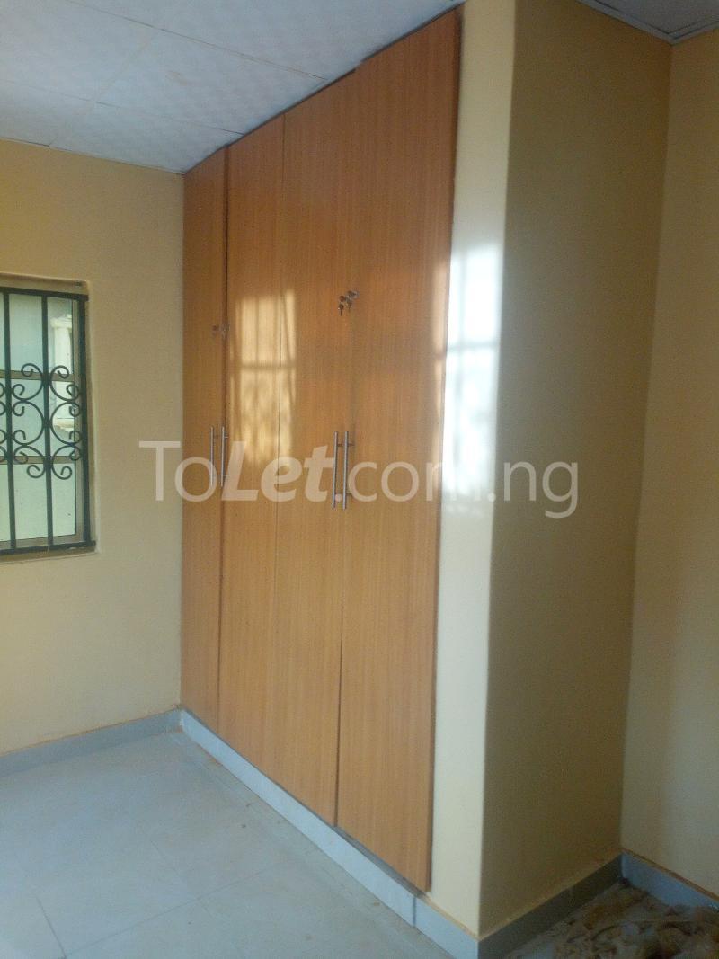3 bedroom Terraced Duplex House for rent Adetokun, Ologuneru road Eleyele Ibadan Oyo - 1