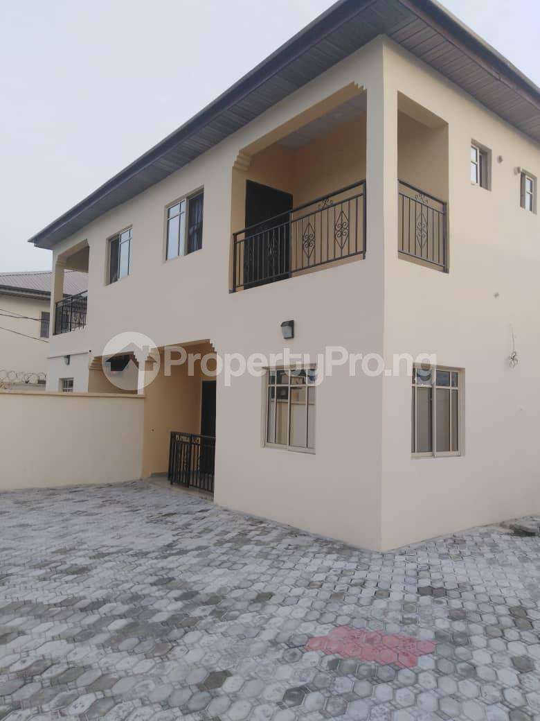 3 bedroom Semi Detached Duplex House for rent Yomi balogun estate, 5mins drive after bogije Abijo Ajah Lagos - 2