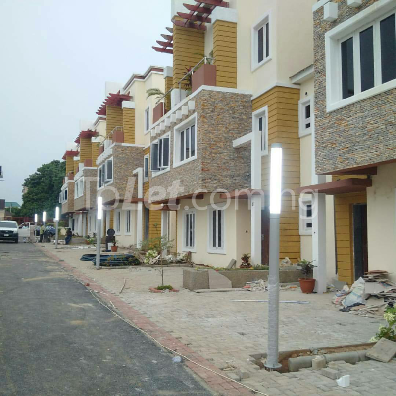 4 bedroom House for sale gidado street Wuye Abuja - 4