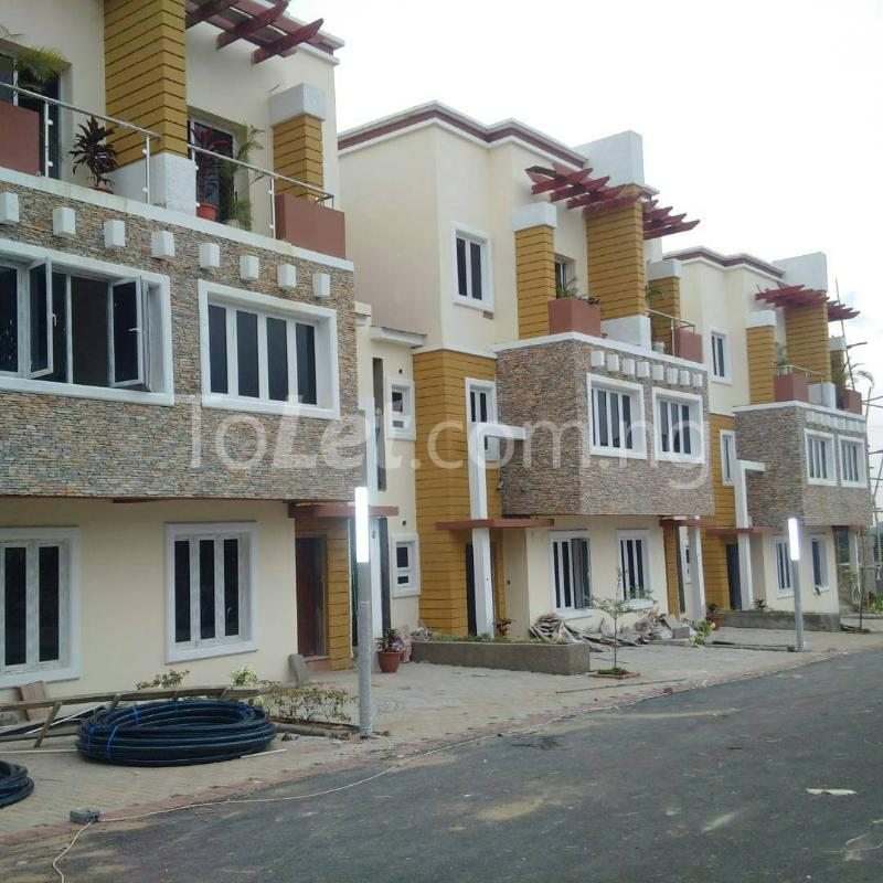4 bedroom House for sale gidado street Wuye Abuja - 0