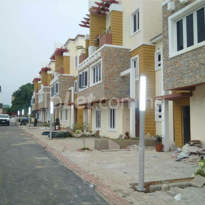 4 bedroom House for sale gidado street Wuye Abuja - 3