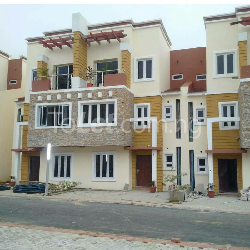 4 bedroom House for sale gidado street Wuye Abuja - 1