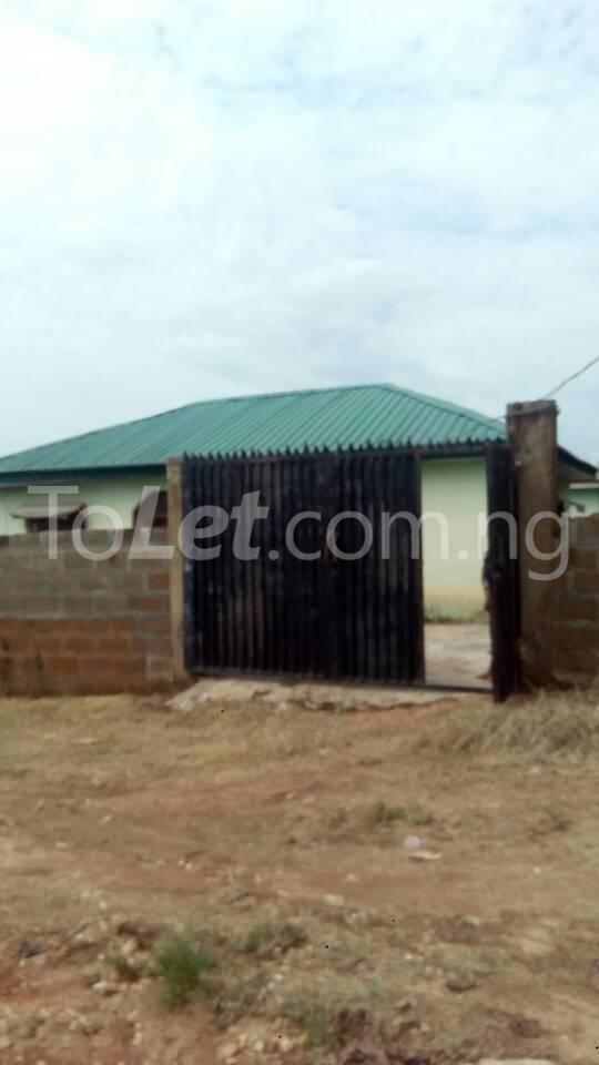3 bedroom Flat / Apartment for sale Arulogun Ibadan Oyo - 1