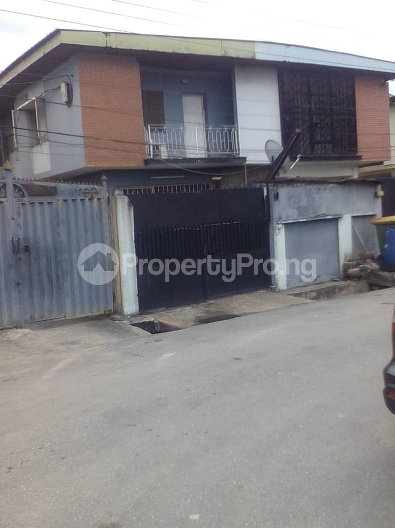 3 bedroom House for sale  27, Adeyinka street, off Sura Mogaji street Ilupeju Lagos - 0