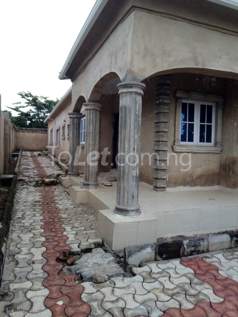 3 bedroom Flat / Apartment for sale Akala Express Ibadan Oyo - 0