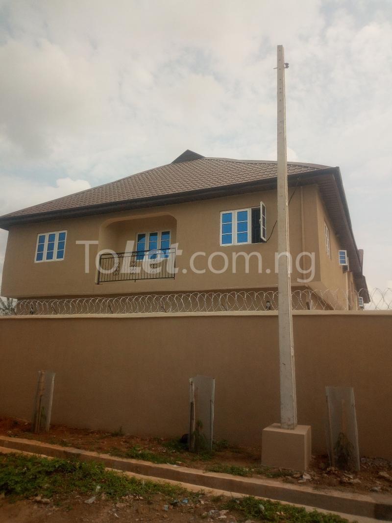 3 bedroom Flat / Apartment for rent Before Ojurin  Akobo Ibadan Oyo - 0