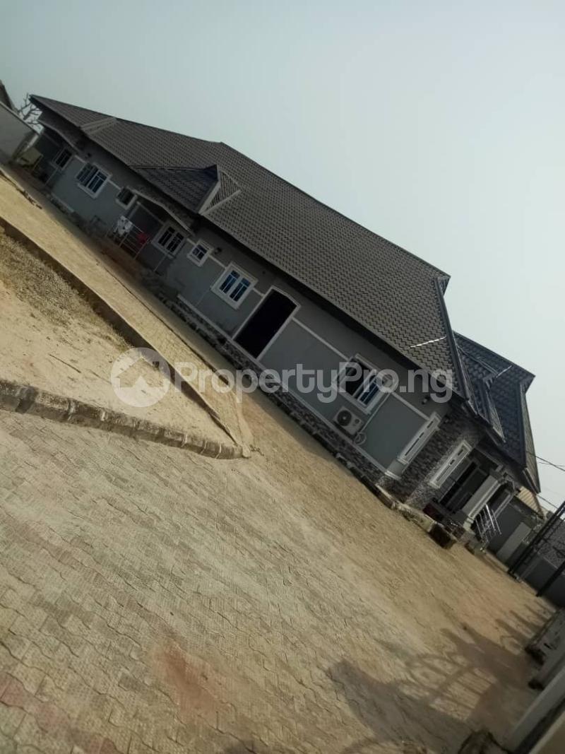 5 bedroom Flat / Apartment for sale ikpoba hill Ukpoba Edo - 1