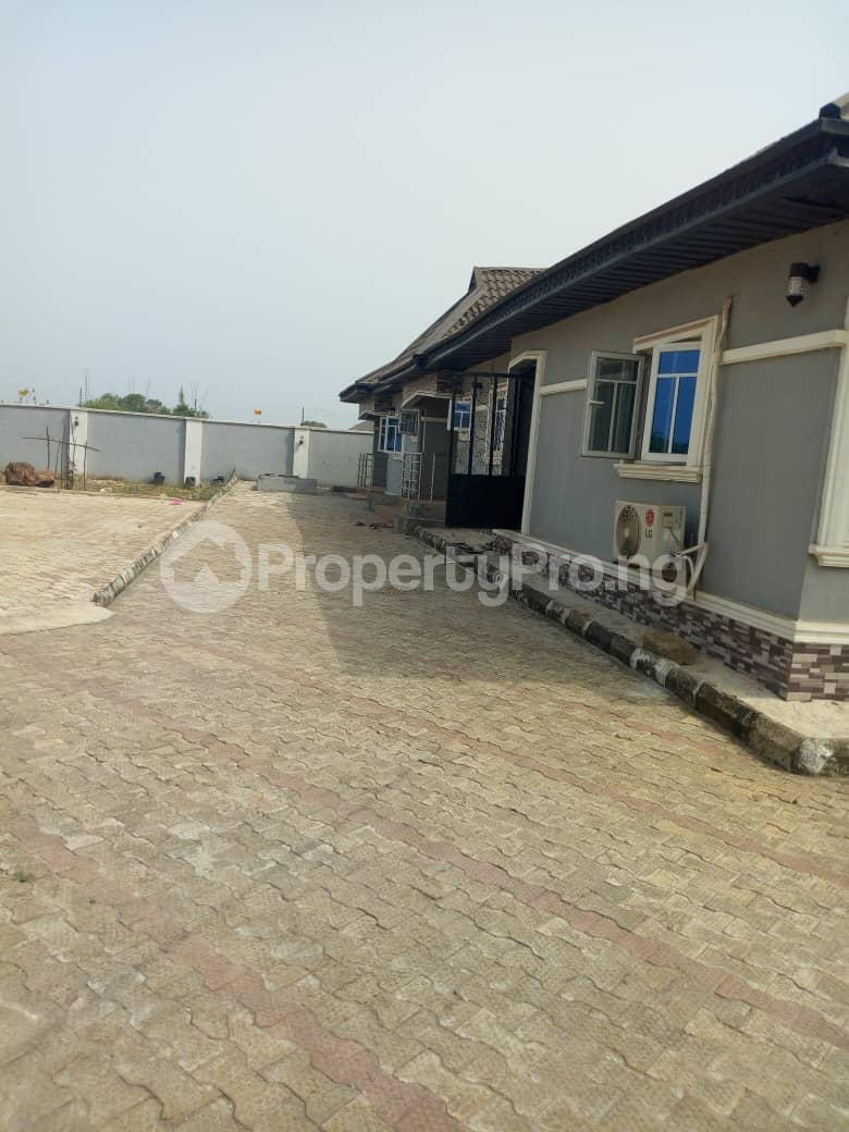 5 bedroom Flat / Apartment for sale ikpoba hill Ukpoba Edo - 3