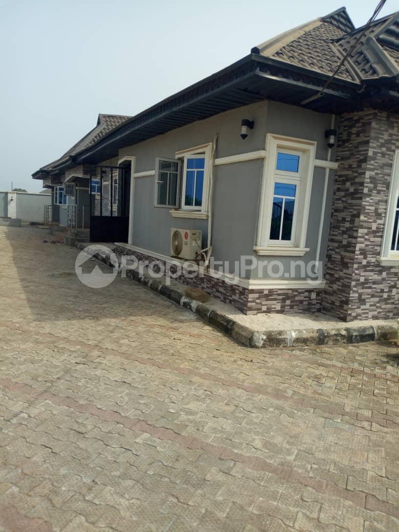 5 bedroom Flat / Apartment for sale ikpoba hill Ukpoba Edo - 2