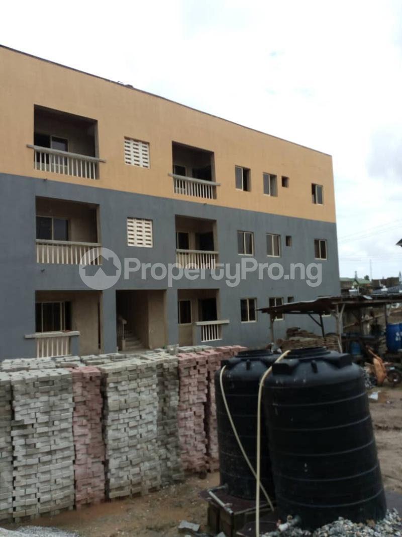 3 bedroom Flat / Apartment for sale lakeview phase 2 Amuwo Odofin Amuwo Odofin Lagos - 7