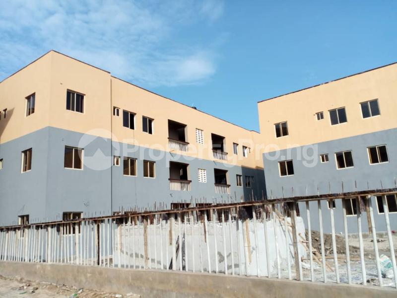 3 bedroom Flat / Apartment for sale lakeview phase 2 Amuwo Odofin Amuwo Odofin Lagos - 0