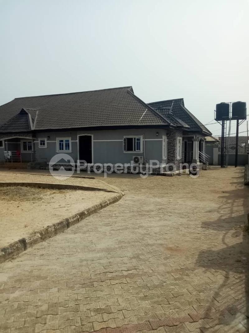 6 bedroom Detached Bungalow House for sale Ikouniro Oredo Edo - 0