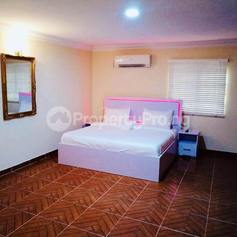 4 bedroom Penthouse Flat / Apartment for shortlet  Abeke Ogunkoya Drive off Studio 24, Lekki Lagos - 11