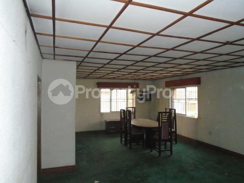 4 bedroom Detached Bungalow House for rent maryland crescent,behind mobile petrol station LSDPC Maryland Estate Maryland Lagos - 6