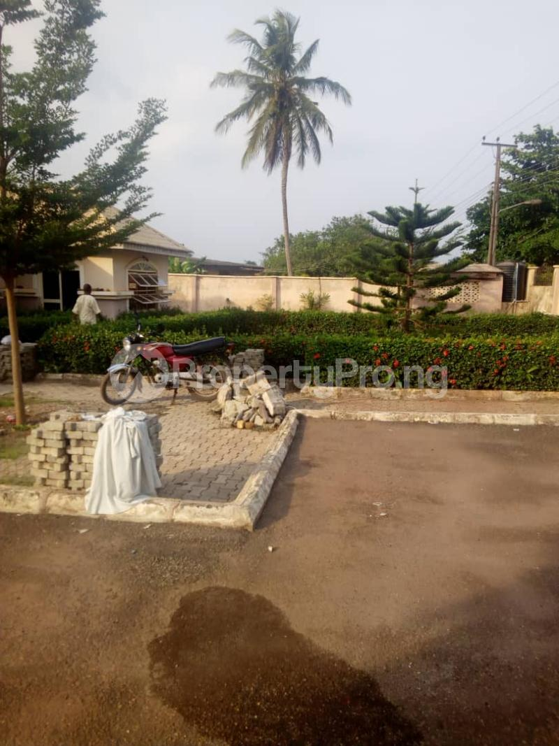 4 bedroom Detached Bungalow House for sale Oke ata housing estate Abeokuta Ogun - 5