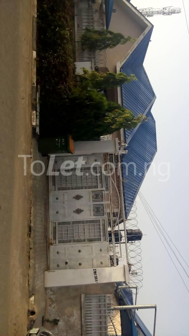 4 bedroom House for sale trademore estate Lugbe Abuja - 4