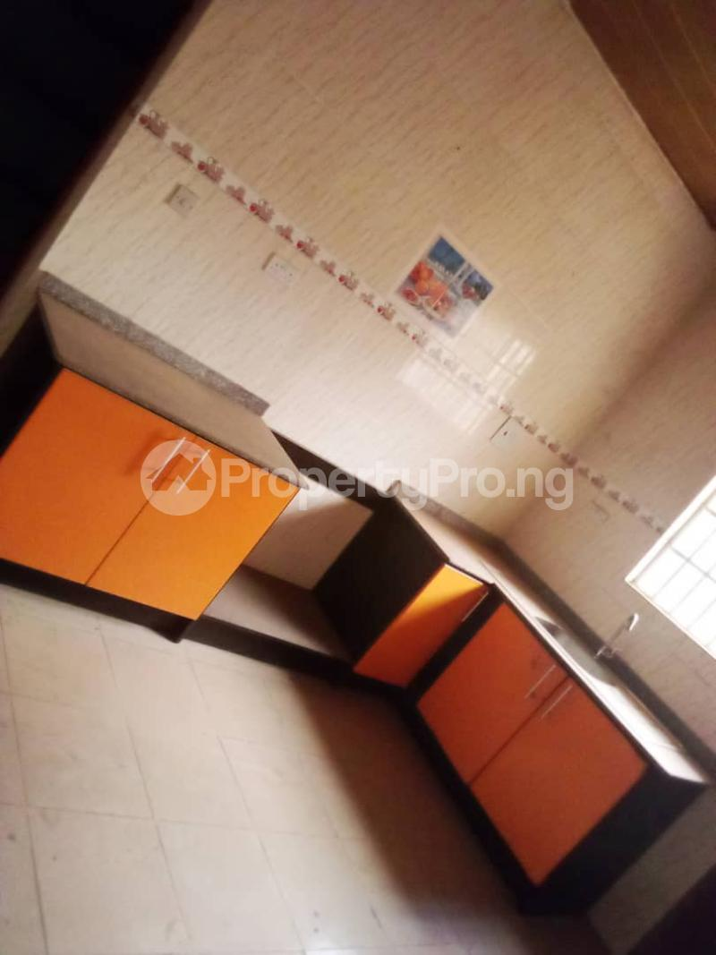 4 bedroom Detached Bungalow House for sale Barracks Road Ojoo Ibadan Oyo - 3