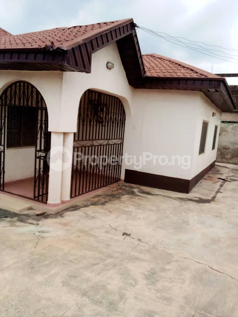 4 bedroom Detached Bungalow House for sale Barracks Road Ojoo Ibadan Oyo - 0