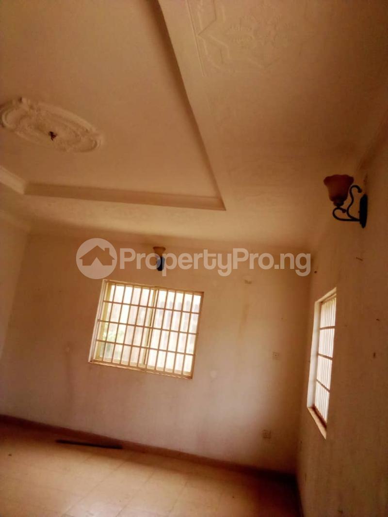 4 bedroom Detached Bungalow House for sale Barracks Road Ojoo Ibadan Oyo - 4