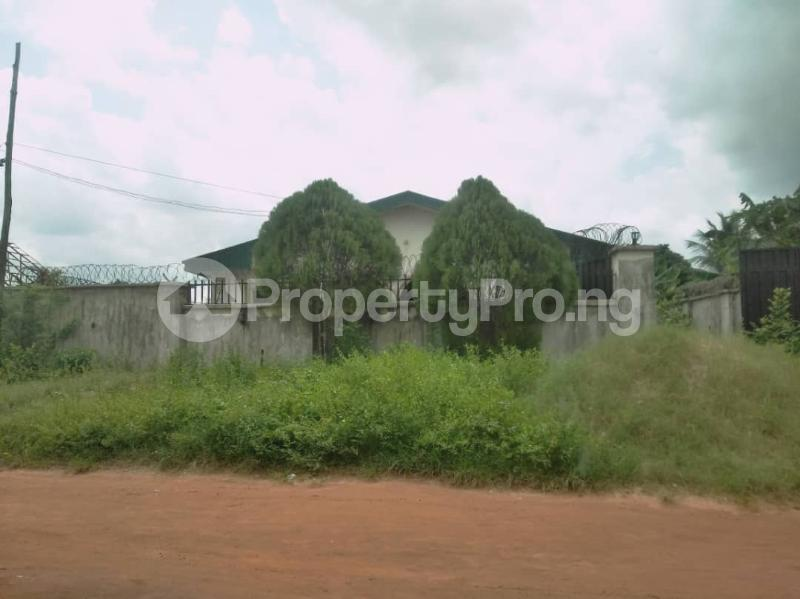 4 bedroom Detached Bungalow House for sale St. Saviour off Upper Sakpoba, just 4 pole away from the major road  Oredo Edo - 7