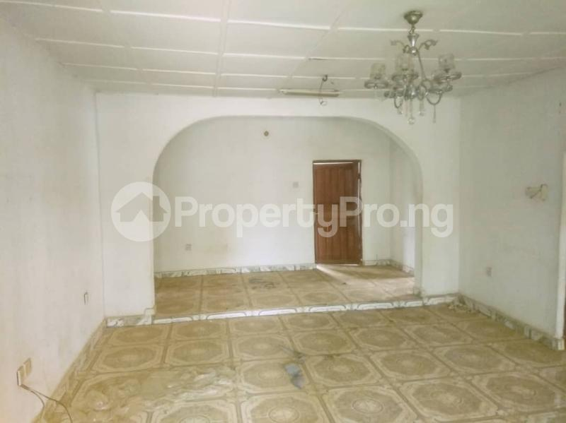 4 bedroom Detached Bungalow House for sale St. Saviour off Upper Sakpoba, just 4 pole away from the major road  Oredo Edo - 6