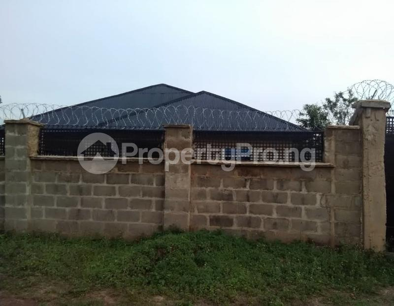 4 bedroom Flat / Apartment for sale Omi Adio, Apata Ibadan Akinyele Oyo - 3