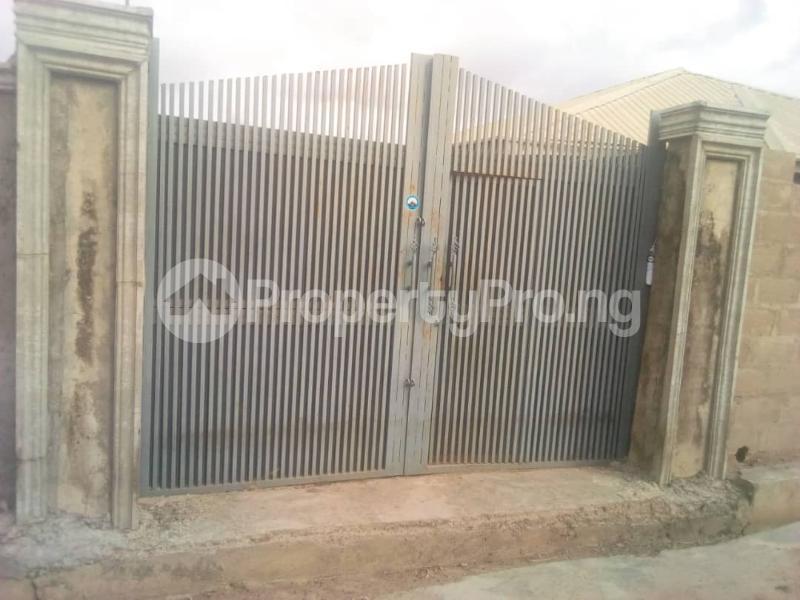 4 bedroom Detached Bungalow House for sale Oritamerin estate Bako area apata Ibadan Apata Ibadan Oyo - 1