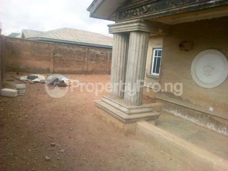 4 bedroom Detached Bungalow House for sale Oritamerin estate Bako area apata Ibadan Apata Ibadan Oyo - 2