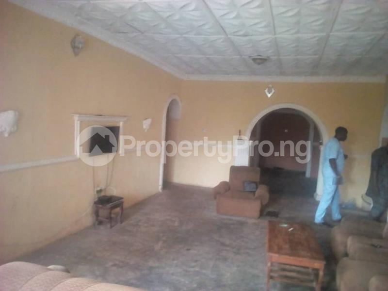 4 bedroom Detached Bungalow House for sale Oritamerin estate Bako area apata Ibadan Apata Ibadan Oyo - 4