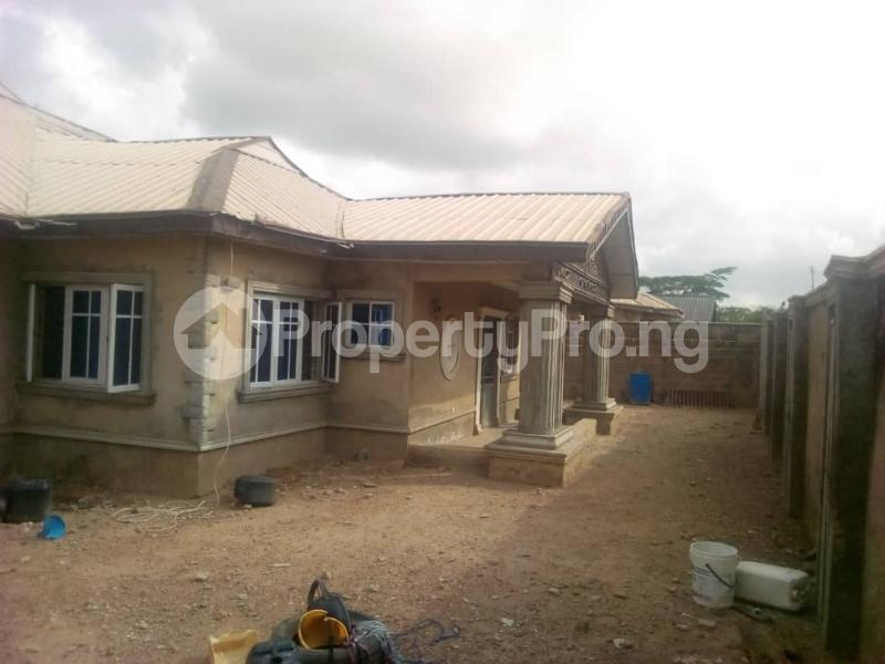4 bedroom Detached Bungalow House for sale Oritamerin estate Bako area apata Ibadan Apata Ibadan Oyo - 0