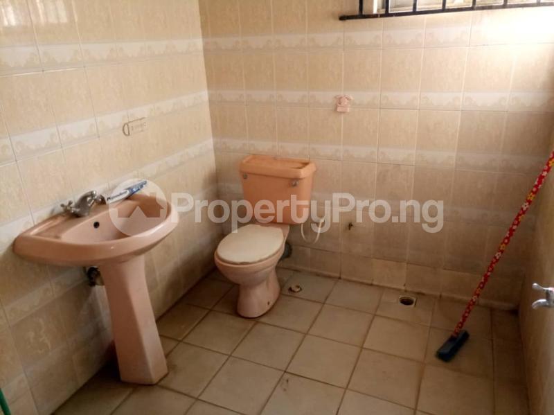 4 bedroom Detached Bungalow House for sale Kwara Quarters; Behind World Oil Filling Station, Ibafo Obafemi Owode Ogun - 21