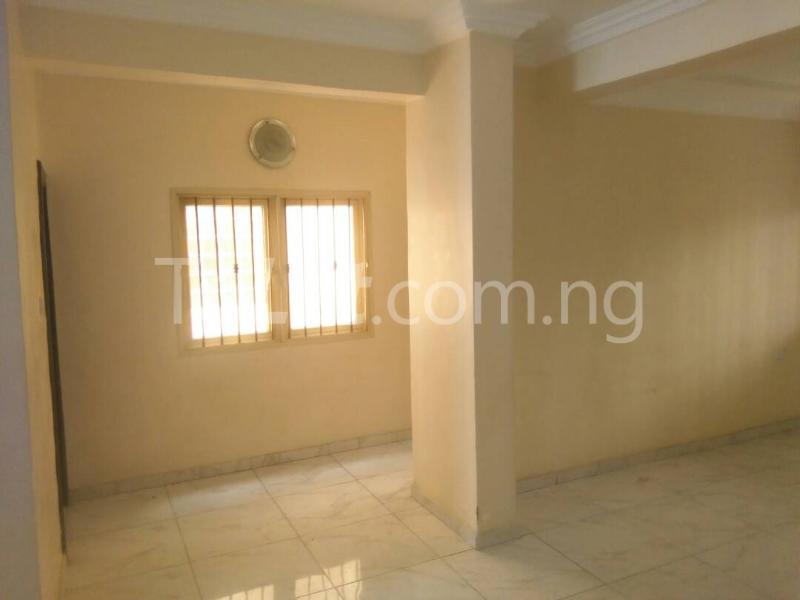 4 bedroom House for rent  Millennium Estate, Oke Millenuim/UPS Gbagada Lagos - 3