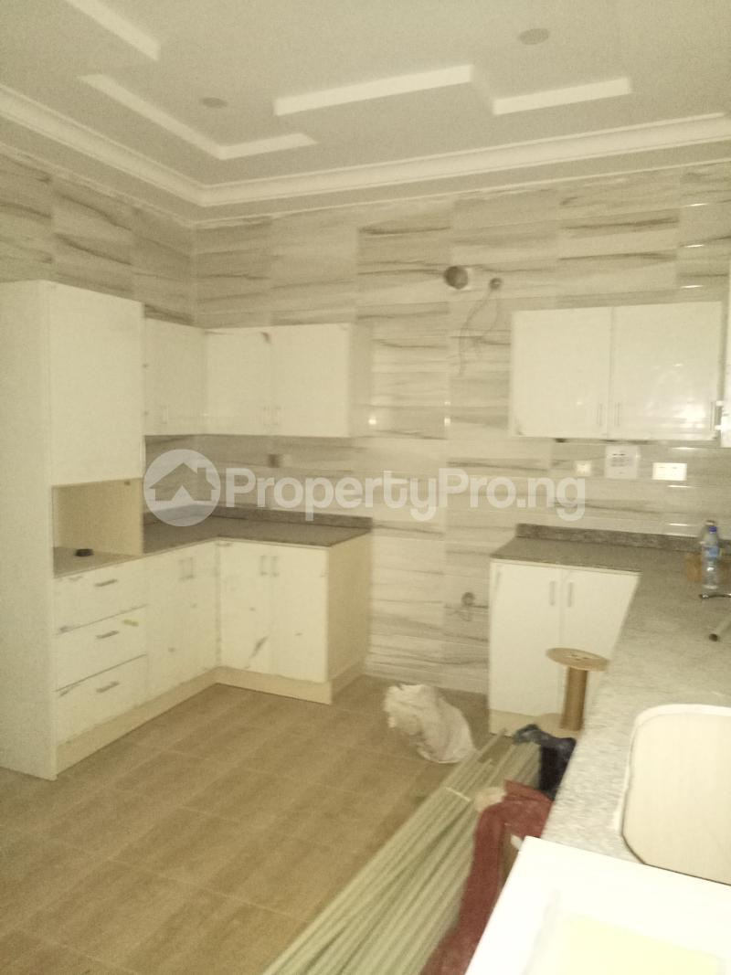 4 bedroom Terraced Duplex House for sale - Bye pass Ilupeju Ilupeju Lagos - 8