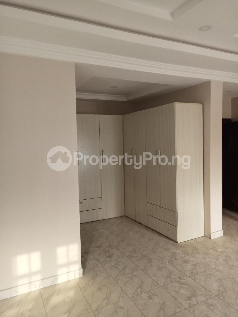 4 bedroom Terraced Duplex House for sale - Bye pass Ilupeju Ilupeju Lagos - 9