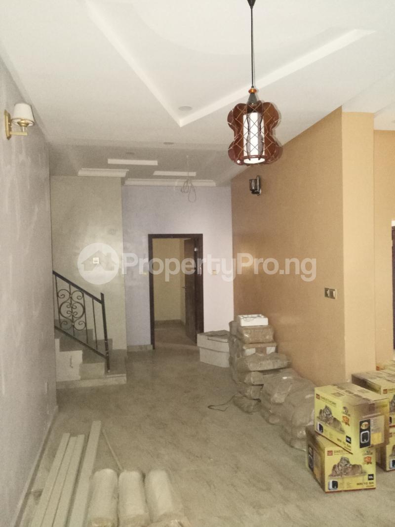 4 bedroom Terraced Duplex House for sale - Bye pass Ilupeju Ilupeju Lagos - 7