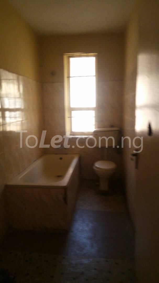 4 bedroom House for rent Mercy eneli state Masha Surulere Lagos - 4