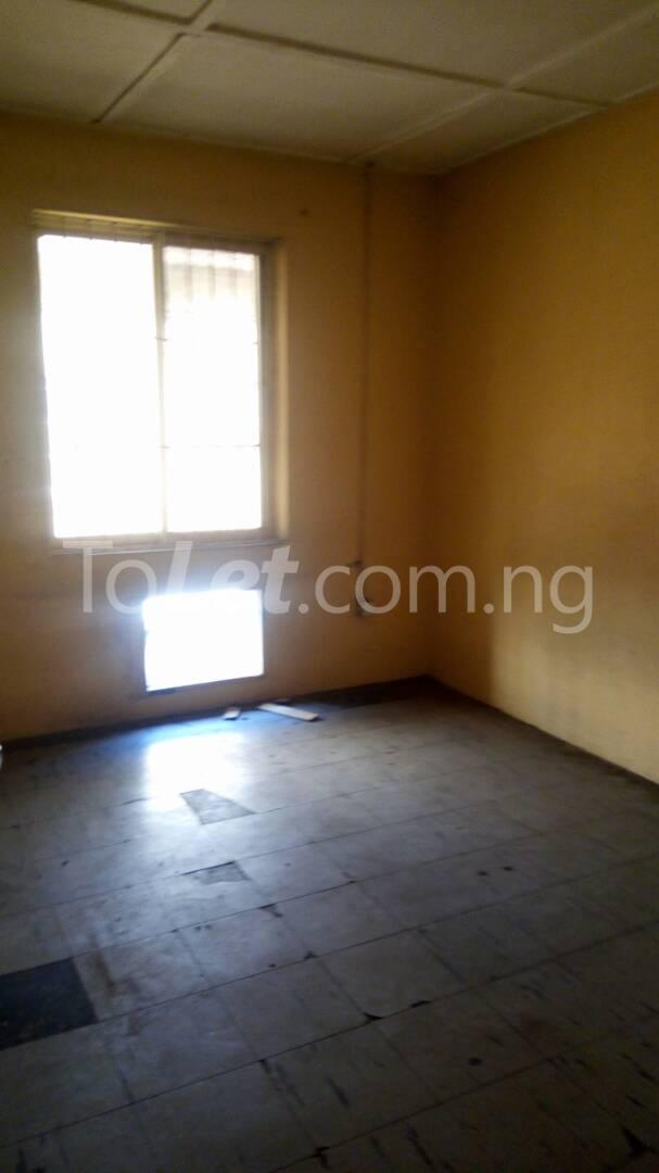 4 bedroom House for rent Mercy eneli state Masha Surulere Lagos - 5