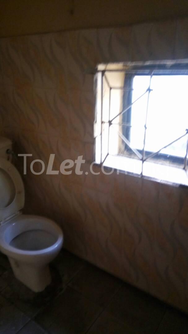 4 bedroom House for rent Mercy eneli state Masha Surulere Lagos - 9