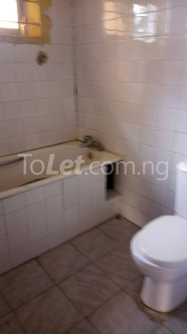4 bedroom House for rent Mercy eneli state Masha Surulere Lagos - 3