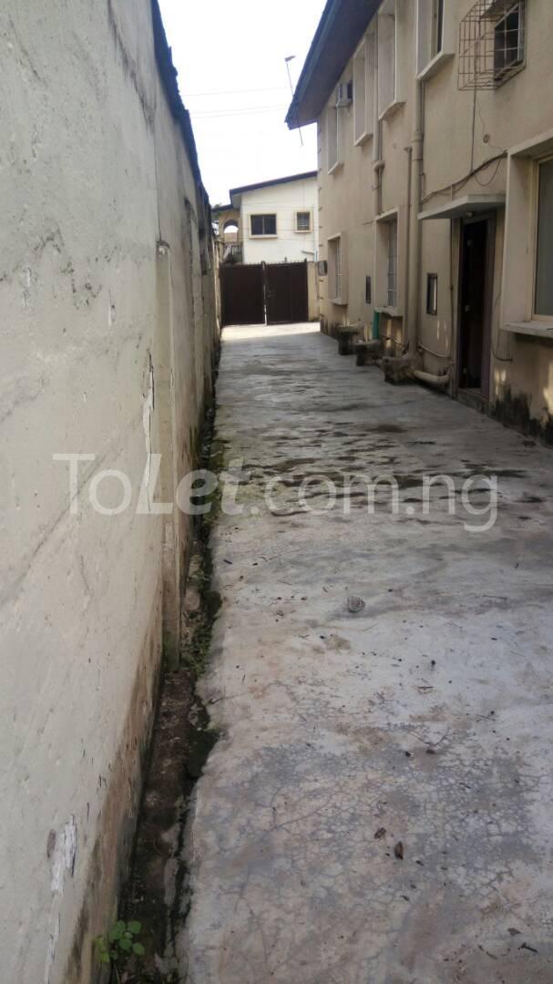 4 bedroom House for rent Mercy eneli state Masha Surulere Lagos - 12