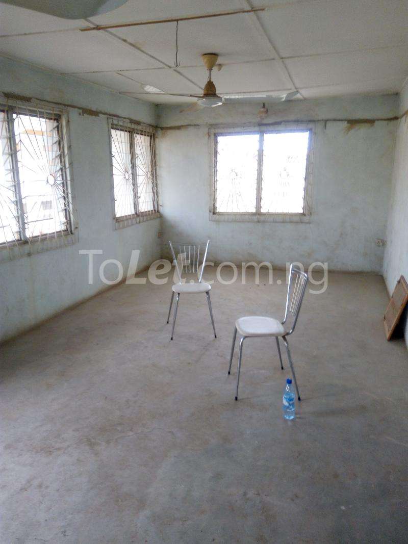 4 bedroom Flat / Apartment for sale church street Osogbo Osun - 2