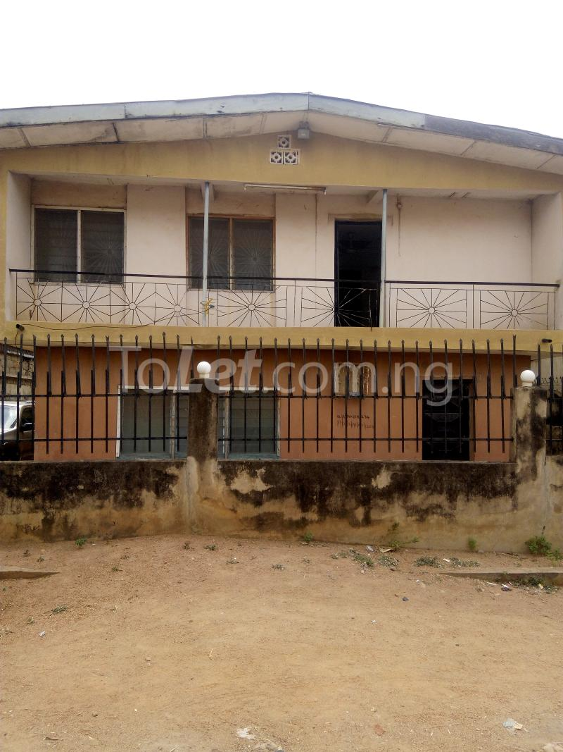 4 bedroom Flat / Apartment for sale church street Osogbo Osun - 0