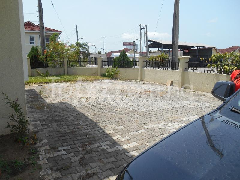 4 bedroom Detached Bungalow House for sale Napier Gardens Estate  VGC Lekki Lagos - 18