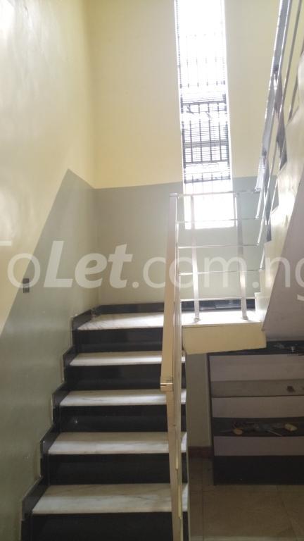 4 bedroom House for rent Magodo Phase 2 Estate, CMD ROAD.  Ojodu Lagos - 7