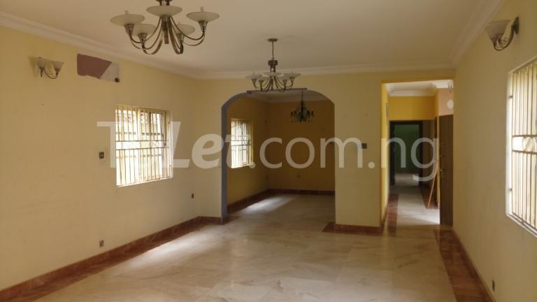 4 bedroom House for rent Magodo Phase 2 Estate, CMD ROAD.  Ojodu Lagos - 9