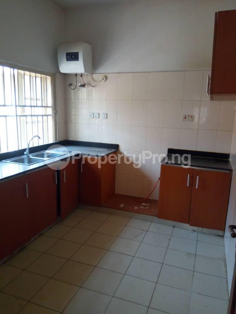 4 bedroom Detached Duplex House for rent Magodo Gra Phase 2 Estate, Off CMD Road Magodo-Shangisha Kosofe/Ikosi Lagos - 5