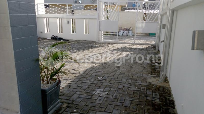 4 bedroom Detached Duplex House for sale Chevron Lekki Phase 2 Lekki Lagos - 32