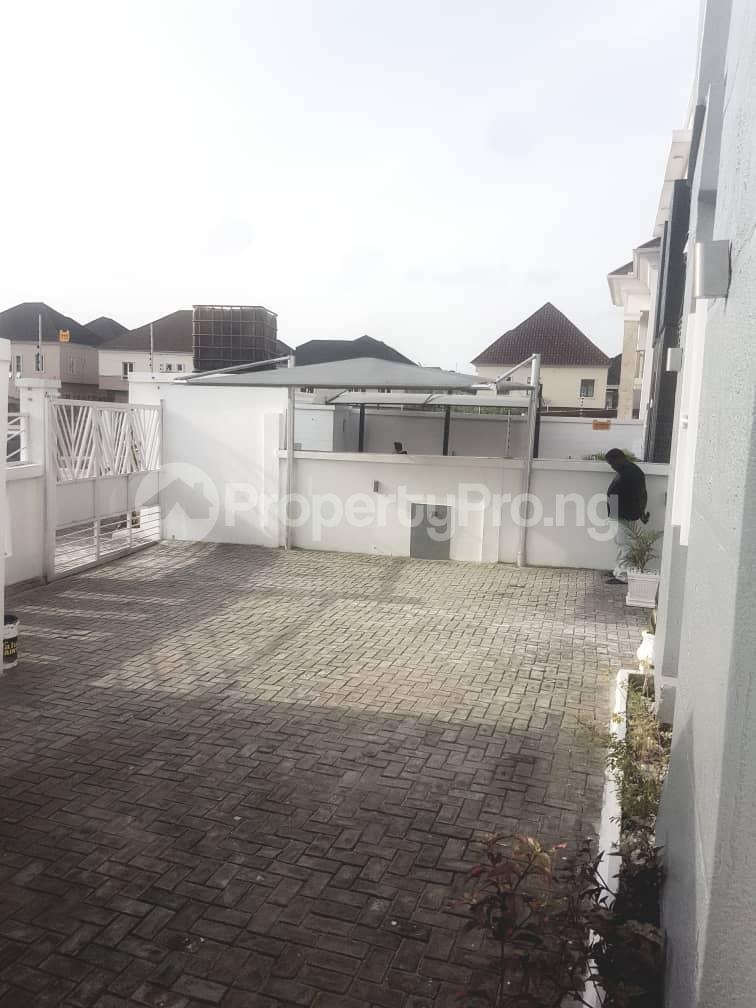 4 bedroom Detached Duplex House for sale Chevron Lekki Phase 2 Lekki Lagos - 16