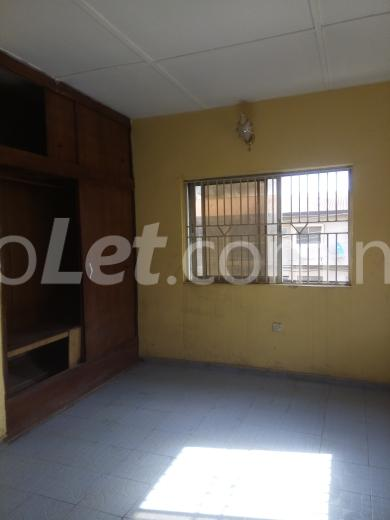 4 bedroom House for rent Balogun street Ajao Estate Isolo Lagos - 4