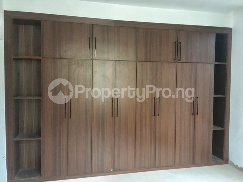 4 bedroom Semi Detached Duplex House for sale Lekki Phase 1 Lekki Lagos - 7